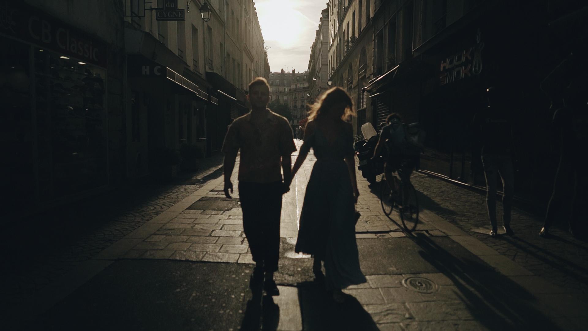 couple session in paris 7