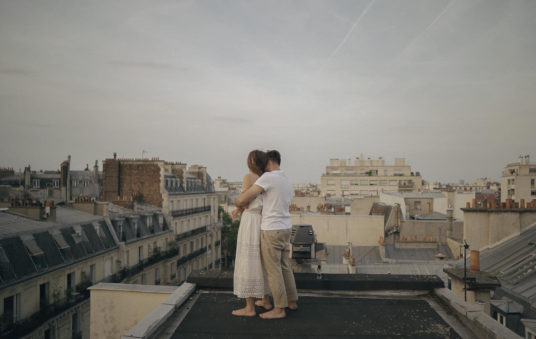 couple session in paris 8